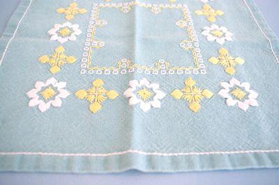 スウェーデン 北欧 ヴィンテージ クロス 布 刺繍 織物 ハンドメイド ドイリー