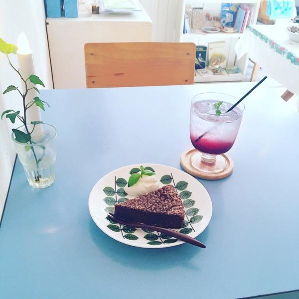 北欧カフェ,北欧雑貨,北欧ヴィンテージ,東京,世田谷線,北欧食器,カフェ,ランチ,かわいい,小さなお店,暮らし,下高井戸,ケーキ