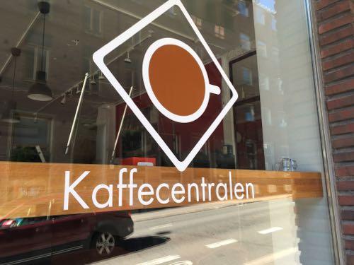 北欧雑貨 フィンランド 買い付け 蚤の市 雑貨屋 カフェ 東京 下高井戸 ヴィンテージ雑貨 アラビア ヘルシンキ コーヒー